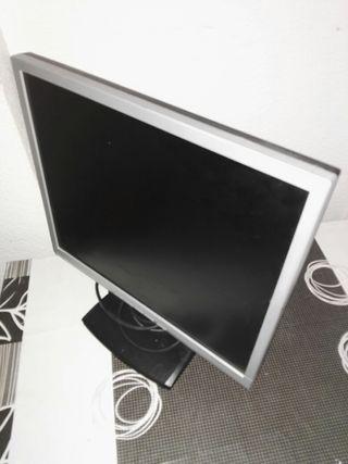 pantalla de ordenador para piezas