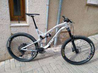 Bicicleta enduro Intense Spider 275