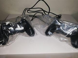 Dos mandos Ps4