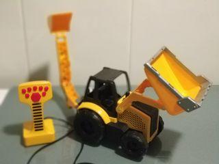 Tractor o retroexcavadora