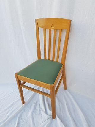 2 sillas de Madera Modelo Agata