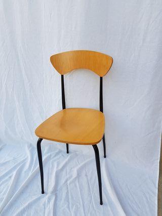 2 sillas Modelo Sonia de Madera