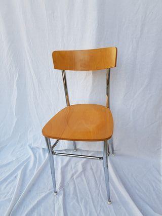 2 sillas Modelo de Madera Capresse