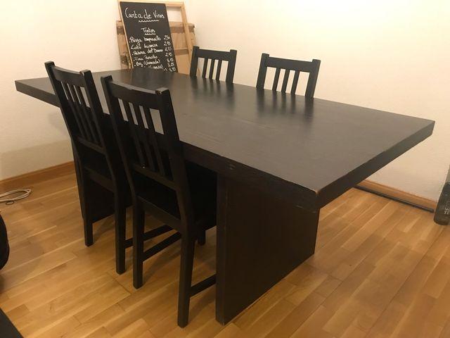 Mesa grande con 4 sillas (comedor) de segunda mano por 30 € en ...