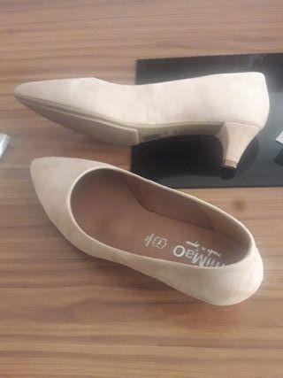 Zapatos miMao, piel, talla 39.