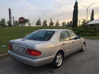 Mercedes-Benz E300 2000