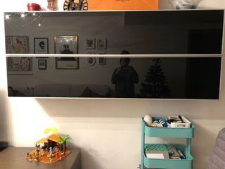 Mueble salón con puertas