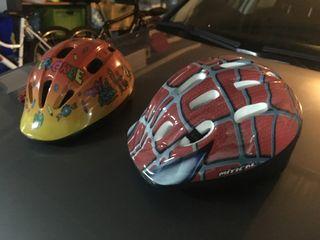 2 cascos de bici para niño