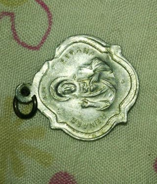 medalla de aluminio antigua