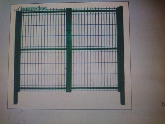 Puertas Metálicas De Segunda Mano Por 100 En Garrapinillos En Wallapop