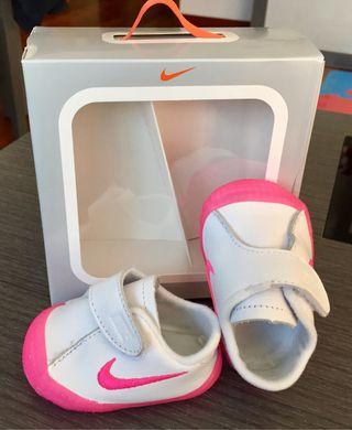 Zapatillas Nike bebé sin estrenar