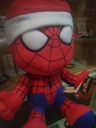 Peluche grande de Spiderman