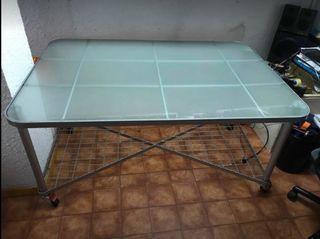 Mesa con encimera de cristal
