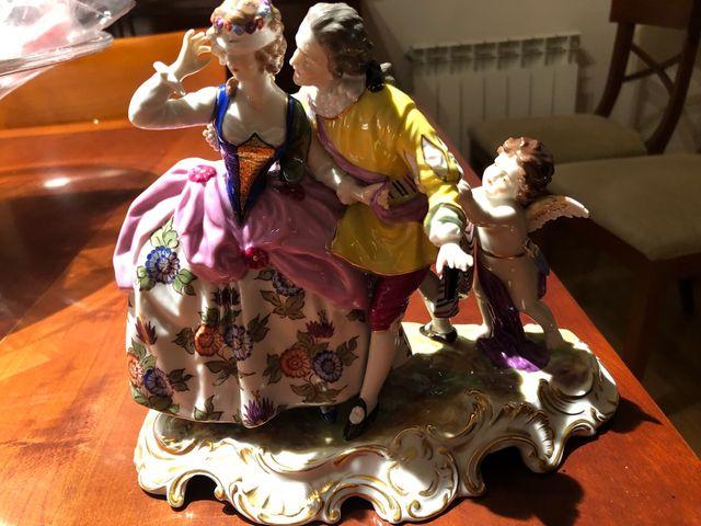 Figura piroarte de porcelana original