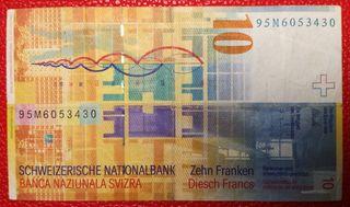 Un billete de 10 Francos de Suiza.