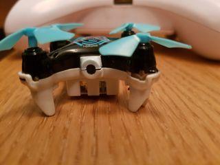 drone wotto con camara