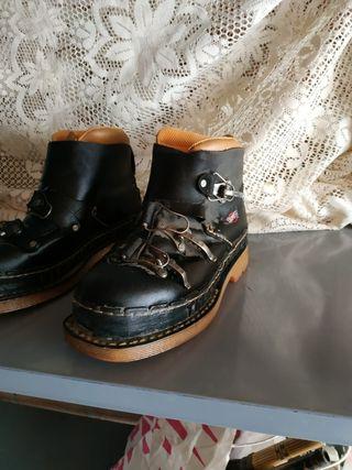 zapatos. 41 the art company