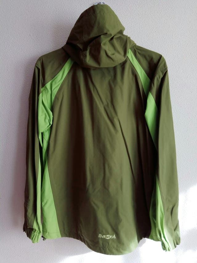 Chaqueta impermeable hombre Inesca