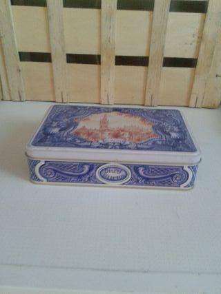 caja hojalata. dulces selectos
