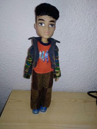 muñeco bratz