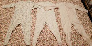 18M lote de 3 pijamas niña