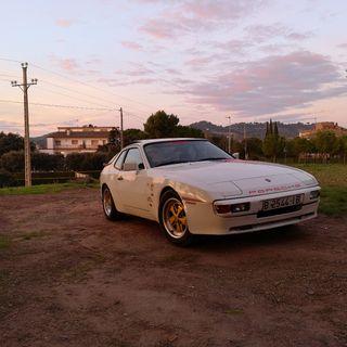 Porsche 944 targa 1983