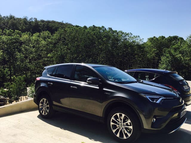 Toyota RAV4 híbrido 2016