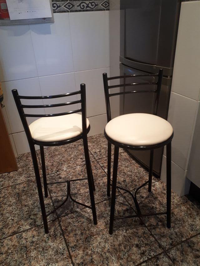Taburetes Cocina Altos Diseño de segunda mano por 80 € en Barcelona ...