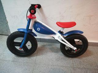 Correpasillos con pedales Imaginarium