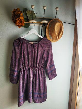 Vestido morado estampado