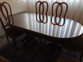 Mesa más 6 sillas vintage