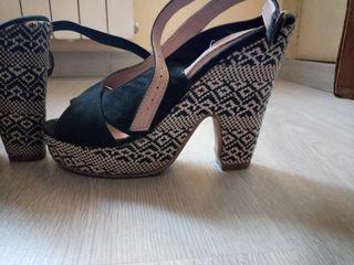Zapatos tacón lefties
