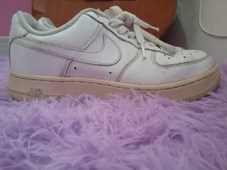 Zapatillas tenis Nike Air Force 1 talla 37