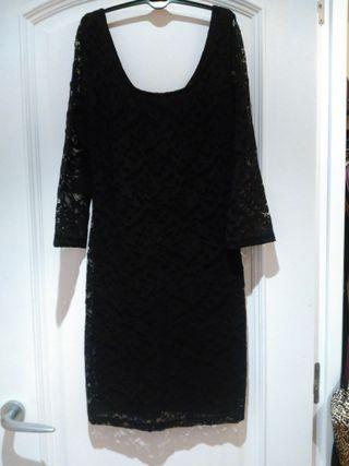Vestido negro encaje S