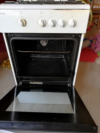 Cocina horno a gas natural de segunda mano por 40 en for Cocina gas natural con horno