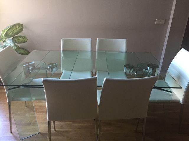 Mesa de comedor cristal templado diseño. Y sillas de segunda mano ...