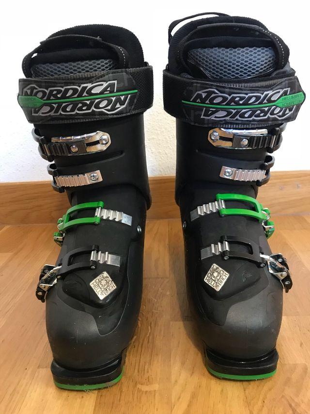 Esquís Blizzard y Botas Nordic