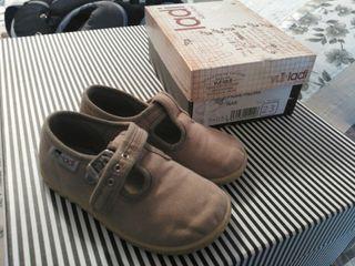 Zapatos para niño tallas 22 a 25