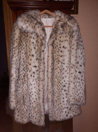 Abrigo Animal Print leopardo claro. Talla M