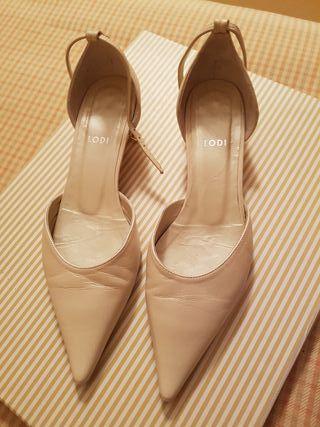 Zapatos novia, color: blanco roto. Número 36