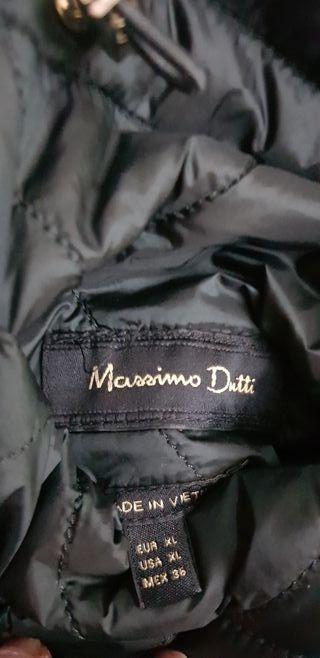 Gabardina-Plumas Massimo Dutti XL