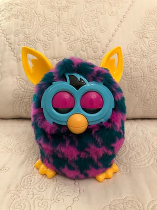 Patr/ón de Pata de Gallo P/úrpura y Turquesa Hasbro Furby Boom