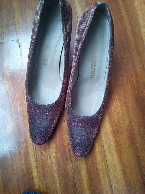 38dd0ce7291 Zapatos fiesta ayestaran de segunda mano por 50 € en Bilbao en WALLAPOP