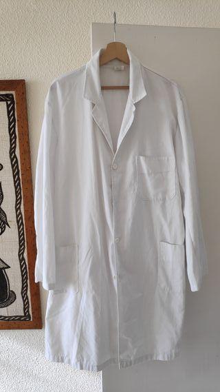 Bata blanca Talla 50 - medico y farmaceutico