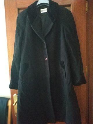chaqueton negro señora urge!!