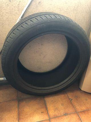 Neumático 1