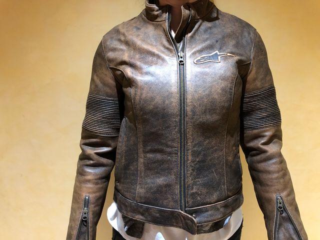 eeadcb5034f Chaqueta piel moto alpinestars talla S mujer de segunda mano por 99 ...