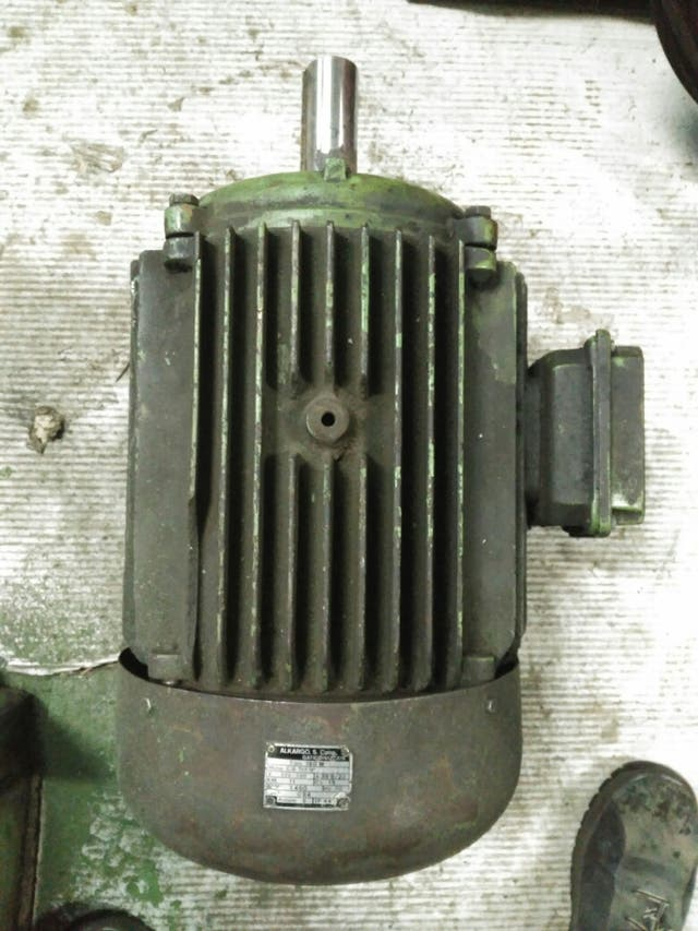 motor 380 trifasico 15 cv    11 kw alkargo de segunda mano
