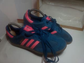 Adidas Samba 42 2/3