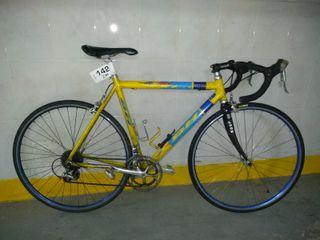 Bicicleta de carretera BH Aprica talla M